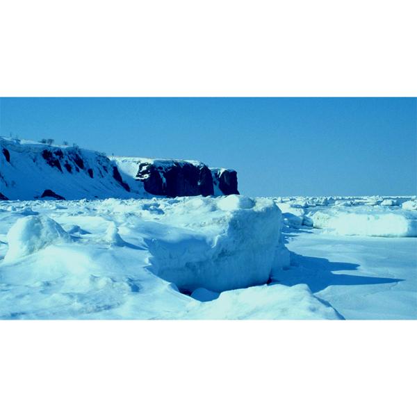 ... 市を巡る旅 能取岬 流氷原紀行
